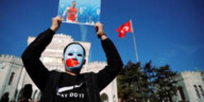 Özil kritisiert uiguren-unterdrückung: ein kurioses statement