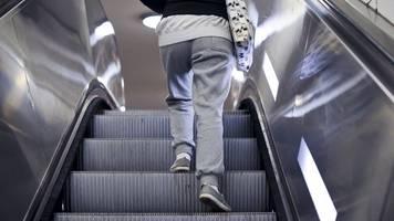 strafe bei schlabber-look: jogginghosen-verbot an schule