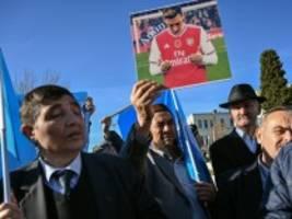 uiguren: mesut Özil hat schon recht