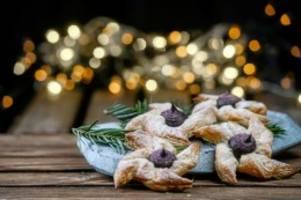 kulinarischer adventskalender, teil 19: in finnland gibt es zu weihnachten süße windräder