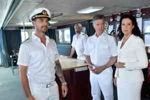 traumschiff mit florian silbereisen: die uniform passt noch nicht ganz