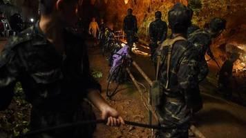 news vom wochenende: thailändischer marinetaucher stirbt nach höhlenrettung an infektion