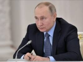 russland: vorlesung bei professor putin