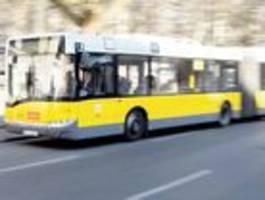 kinder rauben jugendlichen im bus aus