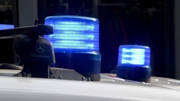 jugendliche stirbt nach kollision mit auto