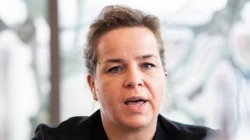 keine ob-kandidatur: neubaur will nrw-grünen-chefin bleiben