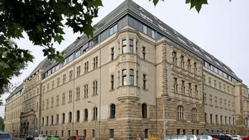 Prozess um Connewitz-Krawalle: JVA-Beamter kommt nicht