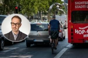 kommentar: radfahren in berlin - täglich ein kampf david gegen goliath