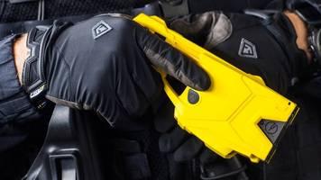 80 taser-einsätze bei der nrw-polizei in fünf jahren