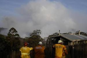 brände, demos und wieder alarm in australien