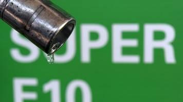 Preiswechsel an der Tankstelle: E10-Biosprit genauso teuer wie Super