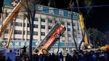 Tote bei Einsturz einer Straße in China