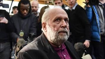 prozess in frankreich: abwarten, dass es passiert – erstes opfer schildert missbrauch durch ex-priester