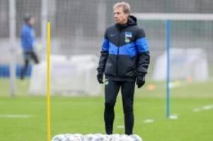 Fußball: Entspannung: Klinsmann mailt Lizenz-Informationen an DFB