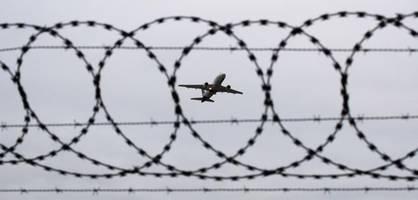 37 afghanen nach kabul abgeschoben – darunter 20 straftäter