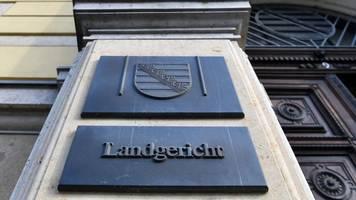 Trio wegen versuchten Mordes in Torgau vor Gericht