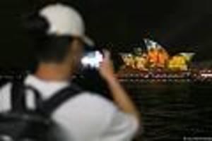verheerende brände - australien fleht touristen an: sagt eure reisen in unser land nicht ab