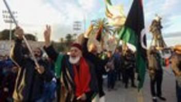 Libyen: Außenminister Heiko Maas trifft General Chalifa Haftar