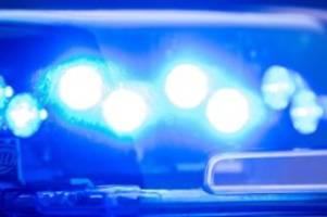 kriminalität: betrunkener autofahrer flüchtet vor polizei