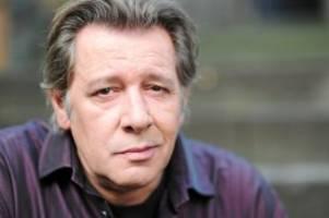 Trauerfall: Jan Fedder: Nach Trauerfeier auf Hamburger Friedhof beerdigt