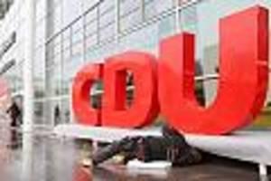 Umstrittener Facebook-Post - Rassismus-Vorwurf: CDU-Kreisverband fordert Vize zum Rücktritt auf