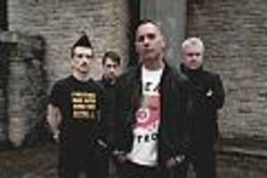 """focus-online-interview - us-punkband anti-flag: """"um den planeten zu retten, muss nicht jeder mitmachen"""""""