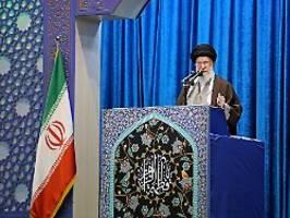Harte Linie im Iran: Ajatollah Chamenei ruft zur Einheit auf