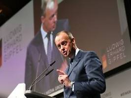 Mehr Offenheit der Debatten: Merz will flexible Koalitionsverträge
