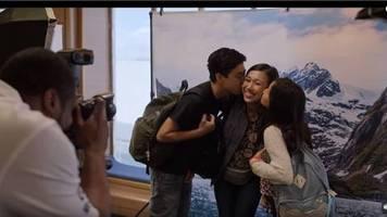 Netflix, Amazon Prime Video und Co.: Apple TV+ blickt mit Little America auf die Geschichtenvon Einwanderern
