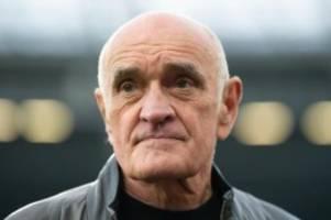 Fußball: Kind verteidigt Wechsel bei Hannover 96: Zuber ist integer