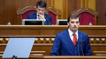 Nebel im Kopf: Ukrainischer Regierungschef reicht Rücktritt ein