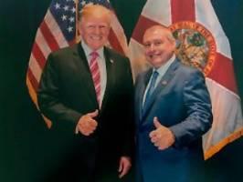 Neue Materialien für Impeachment: Trump sagt, er kennt diesen Mann nicht