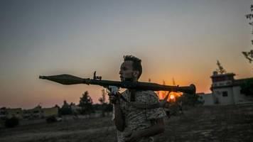Treffen in Berlin: Libyen-Konferenz will Waffenruhe und Stärkung von Embargo