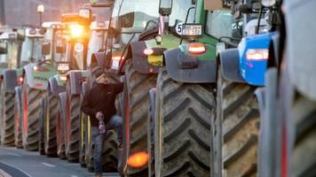 Nürnberg: Ärger um Nazi-Plakate bei Bauern-Protesten