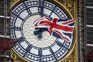 bimmeln für den brexit: streit um big ben weitet sich aus
