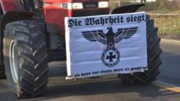 Bayern: Rechtsextreme Plakate auf Bauern-Demo