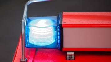 Fritteuse fängt Feuer: Zwei junge Leute in Klinik