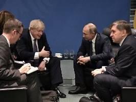 Forderung nach Giftgas-Anschlag: Unterkühltes Treffen von Johnson und Putin