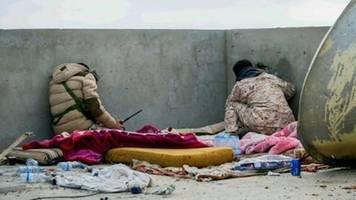 parteien in berlin diskutieren über möglichen bundeswehreinsatz in libyen