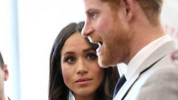 Nach dem Megxit : Ehemaliger Schutzbeauftragter warnt: Harry und Meghan könnte es ähnlich wie Diana ergehen
