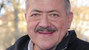 schauspieler : rosenheim cops-star joseph hannesschläger an krebs verstorben