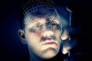 clearview: gesichtserkennung: firma identifiziert milliarden menschen
