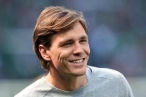 fußball: clemens fritz: job als werder-manager zurzeit kein thema