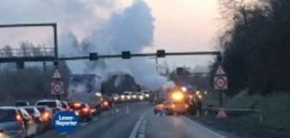 brand auf a14: fahrzeugbrand verursacht stau im morgenverkehr