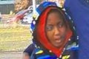 Zuletzt wurde er an Bahnhof gesehen - Autistischer Junge (11) verschwindet nach Ikea-Besuch - Polizei bittet um Hilfe