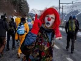 fridays for future in davos: aufbegehren im schnee
