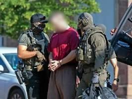 Hauptverdächtiger in Lübcke-Mord: Stephan E. hatte engeren Kontakt zur AfD