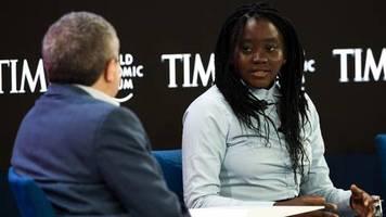davos: die 18-jährige klimaaktivistin, die greta thunberg beim weltwirtschaftsforum in den schatten stellt