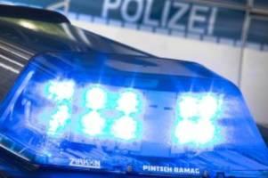Kriminalität: BVG-Mitarbeiter mit Schlagstock attackiert: Leicht verletzt