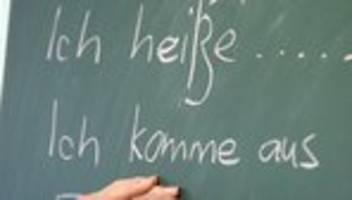 Aktionsplan: Bundesregierung will Integration schon im Herkunftsland fördern